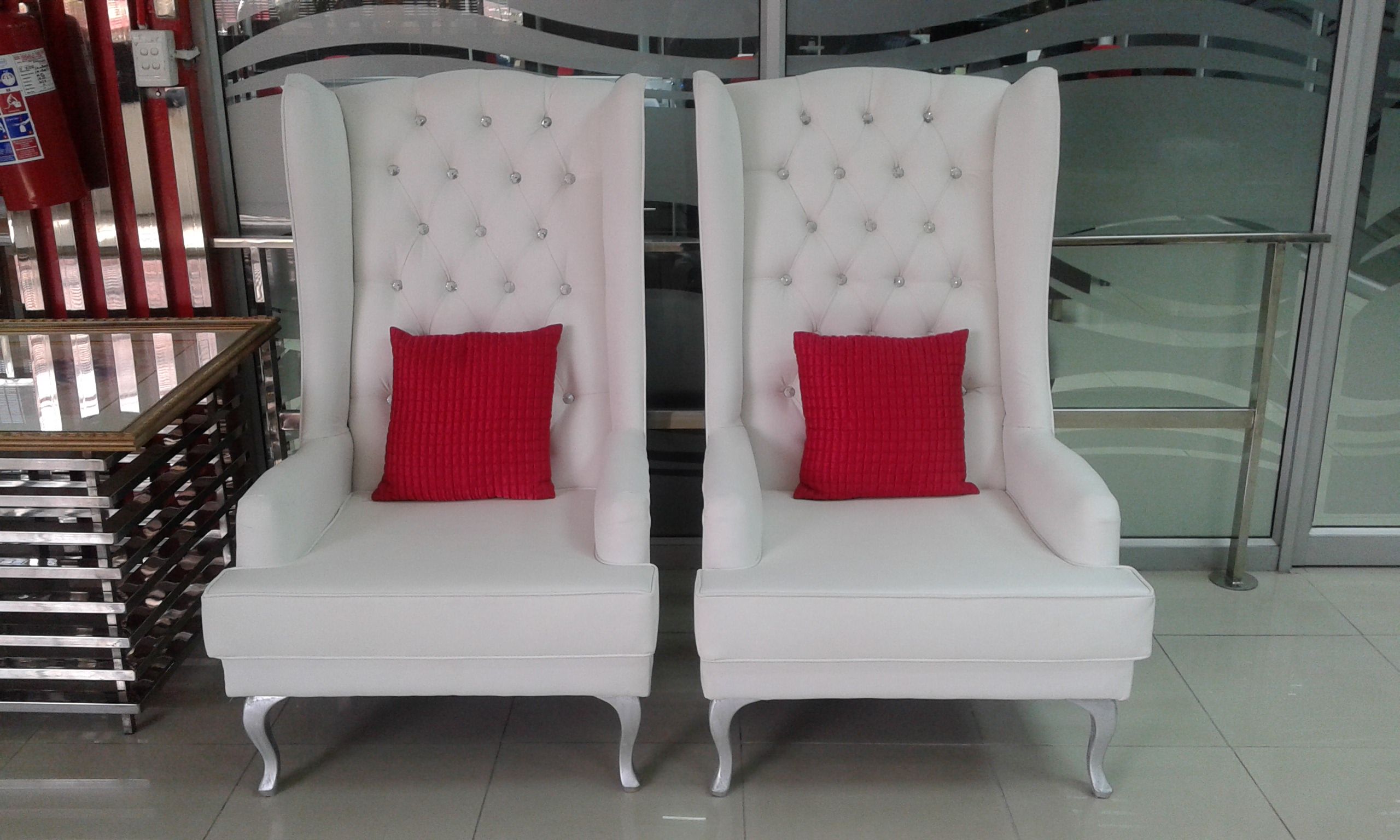wedding chairs for sale wedding chairs manufacturers south africa. Black Bedroom Furniture Sets. Home Design Ideas